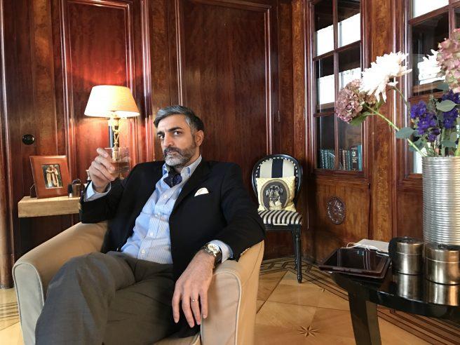 """Neil Malik Abdullah in """"Kein Herz für Inder"""" (2017) am 20.06.2018 um 12:30 Uhr im MDR"""