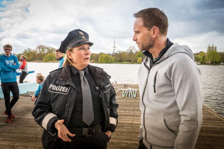 """Julian Weigend am 18.01.2018 um 19:25 Uhr in """"Notruf Hafenkante – Der doppelte Victor"""" im ZDF"""